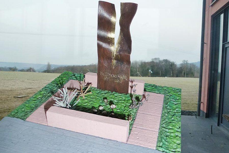 Grabkreuz aus Cortenstahl