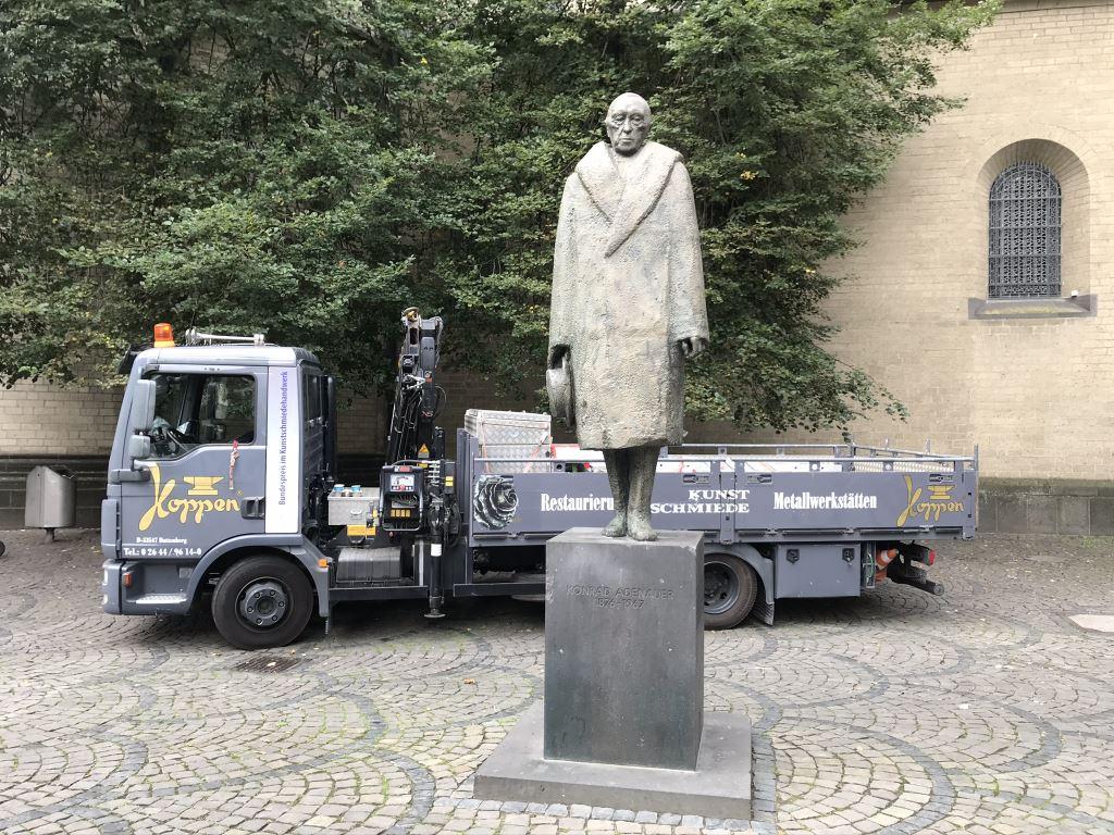 Konrad-Adenauer-Skulptur